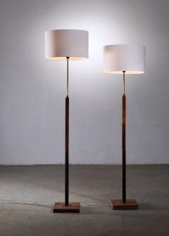 Jo Hammerborg Pair of Jo Hammerborg height adjustable wood and brass floor lamps - 1965184