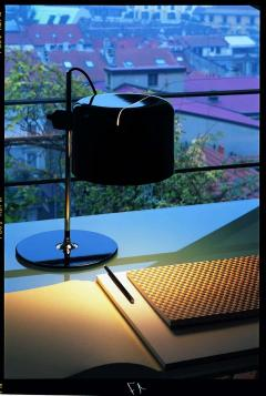 Joe Colombo Joe Colombo Model 2202 Coup Table Lamp in Black for Oluce - 1640258