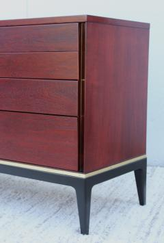 John Stuart 1960s Modernist 9 Drawer Walnut Dresser By John Stuart - 1961495