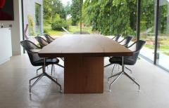 Jonathan Field L D table - 1991017
