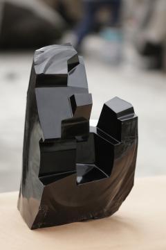 Jorge Y zpik Untitled sculpture Obsidian I - 1147187