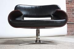 Jorge Zalszupin Brazilian Modern Jacaranda and Leather Swiveling Lounge Chair by Jorge Zalszupin - 577070