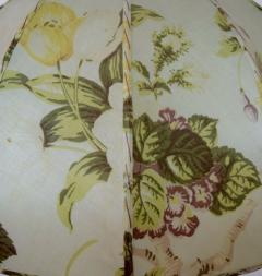 Josef Frank Large art deco table lamp with cream colored floral fabric screen - 1338469