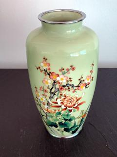 Jubei Ando A Japanese Cloisonne Vase by Ando Jubei Meiji Period - 944193