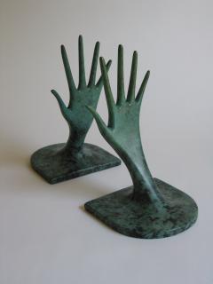 Judy Kensley Mckie Helping Hands Bookends - 1021985