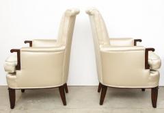 Jules Leleu Elegant pair of satin and walnut armchairs by Jules Leleu - 1397651