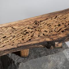 Julio Mart nez Barnetche BANCA CON PATAS BENCH WITH FEET salvaged wood and volcanic stone - 924485