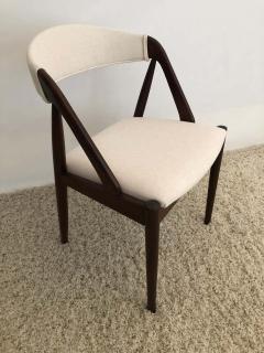 Kai Kristiansen Set of 8 Kai Kristiansen Dining Chairs for Raymor Co - 1735787