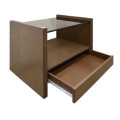 Karl Springer Karl Springer Pair Of Bedside Tables in Emu Leather And Bronze Glass Tops 1980s - 1156568
