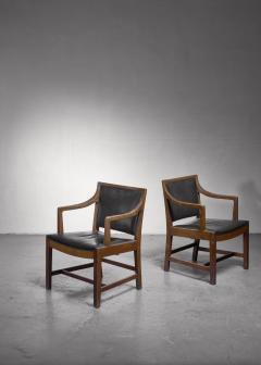 Kay Fisker Pair of Kay Fisker attributed armchairs in dark green leather - 1224942