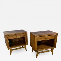 Kent Coffey Pair Kent Coffey Walnut Nightstands 1960s Insignia - 1810094