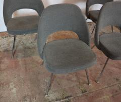 Knoll Saarinen Chairs - 1052580