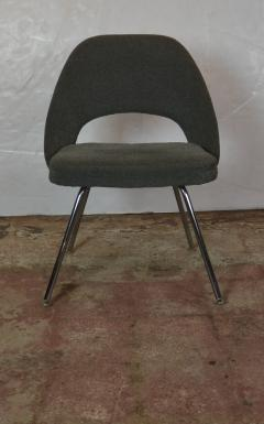 Knoll Saarinen Chairs - 1052585