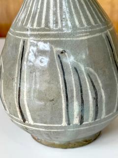 Korean Celadon Inlay Vase Goryeo Dynasty - 1958190