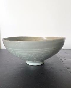 Korean Ceramic Celadon Bowl with Slip Inlay Goryeo Dynasty - 2097543