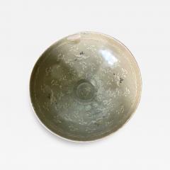 Korean Ceramic Celadon Bowl with Slip Inlay Goryeo Dynasty - 2099023