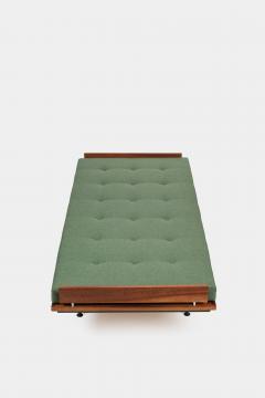 Kurt Thut Kurt Thut Daybed with in green covered mattress 1960 - 1937949