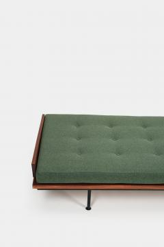 Kurt Thut Kurt Thut Daybed with in green covered mattress 1960 - 1937951