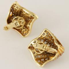 Kurt Wayne Kurt Wayne Diamond and Gold Earrings - 143568