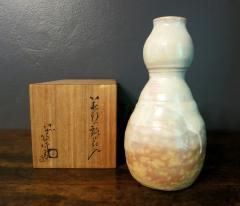 Kyusetsu Miwa X Hagi Ikebana Vase by Kyusetsu Miwa X Japanese Studio Pottery - 1079743