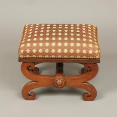 LATE FEDERAL FOOT STOOL - 1908626