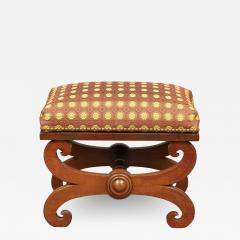 LATE FEDERAL FOOT STOOL - 1909679