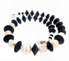 Large Cultured Pearls and Black Onyx Necklace - 1865972