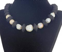 Large Cultured Pearls and Black Onyx Necklace - 1865974