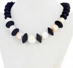 Large Cultured Pearls and Black Onyx Necklace - 1865975