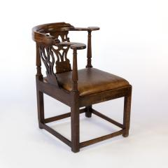 Larger Than Usual Chippendale Period Roundabout Corner Chair - 1363426