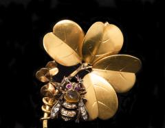 Late 1800s French Art Nouveau Bumble Bee 4 Leaf Clover 18k Gold Diamond Brooch - 875255