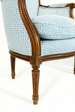 Late 19th Century Walnut Frame Salon Suite - 1125302