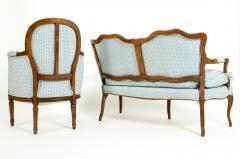 Late 19th Century Walnut Frame Salon Suite - 1125308