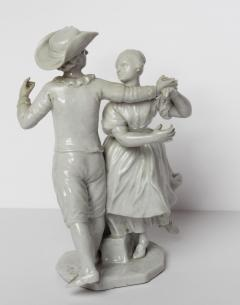 Le Nove Courting Couple Dancing - 339386