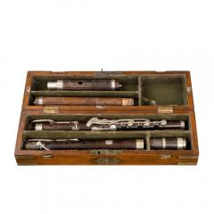 Lieutenant Rabett s seagoing silver flute 1823 - 1076695