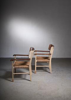 Light and transparent Scandinavian Modern sofa set - 2006222