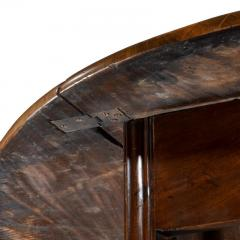 Long early George III Irish mahogany dining or wake table of exceptional colour - 1176040