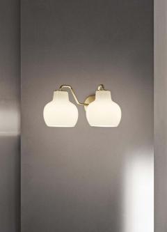 Louis Poulsen Vilhelm Lauritzen VL 2 Brass and Glass Wall Lamp for Louis Poulsen - 1431955