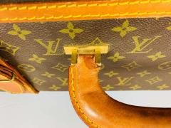 Louis Vuitton Louis Vuitton Monogram Holdall Luggage Bag or Suitcase - 1676558