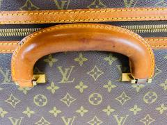 Louis Vuitton Louis Vuitton Monogram Holdall Luggage Bag or Suitcase - 1676560