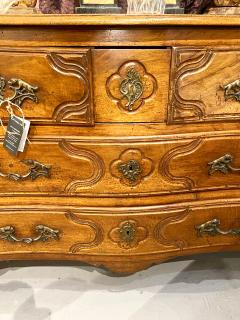 Louis XV Provincial Walnut Chest of Drawers c 1770 1780 - 1772043