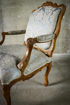 Louis XV Walnut Fauteuil - 384164