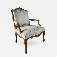 Louis XV Walnut Fauteuil - 384918