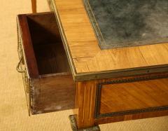 Louis XVI Style Bureau Plat - 735923