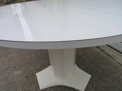 Lovely Hollywood Regency Round Dining Table - 1612926