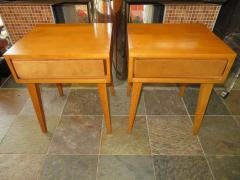 Lovely Pair of Conant Ball Maple Nightstand Tables Mid Century Modern - 1613995