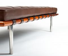 Ludwig Mies Van Der Rohe Barcelona Chaise Couch in Brown Leather by Ludwig Mies van der Rohe - 1169634