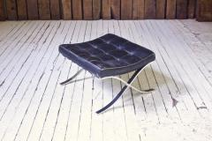 Ludwig Mies Van Der Rohe First Knoll Edition Vintage Barcelona Stool in Black Leather and Steel 1953 - 805046