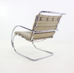 Ludwig Mies Van Der Rohe Mid Century Modern - 1045309