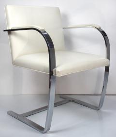 Ludwig Mies Van Der Rohe Mies Van Der Rohe Knoll Flat Bar Brno Chairs Eggshell White Leather Set of 4 - 1072394
